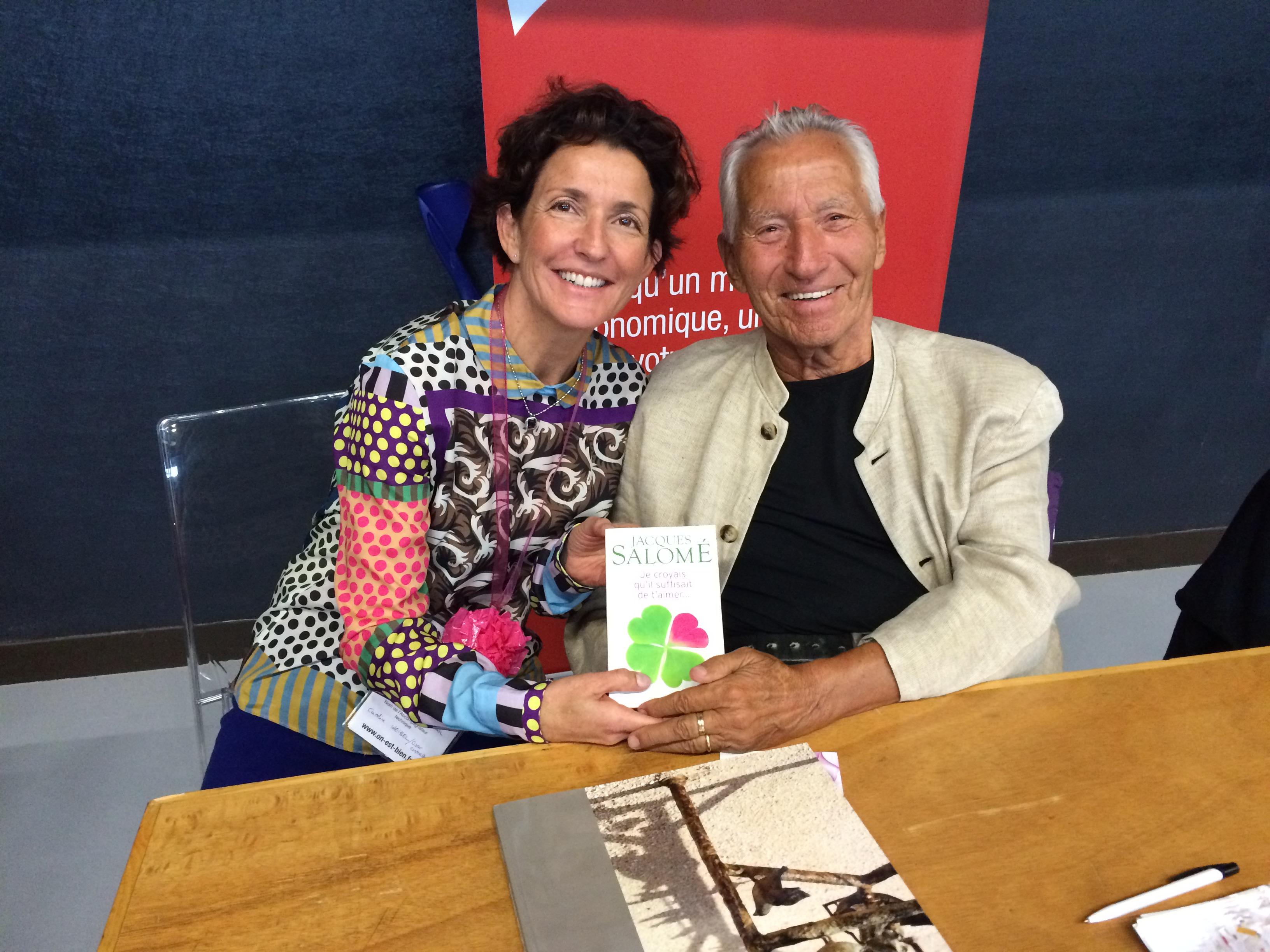 Véranne en compagnie de Jacques Salomé, qui présentait son livre.
